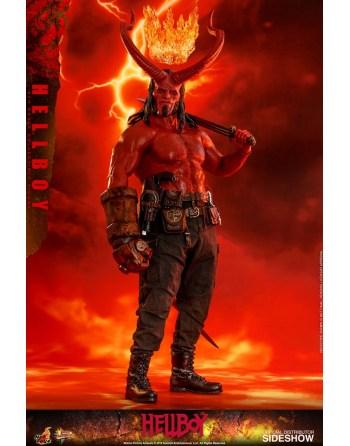 HOT TOYS 1/6 Hellboy 2019...